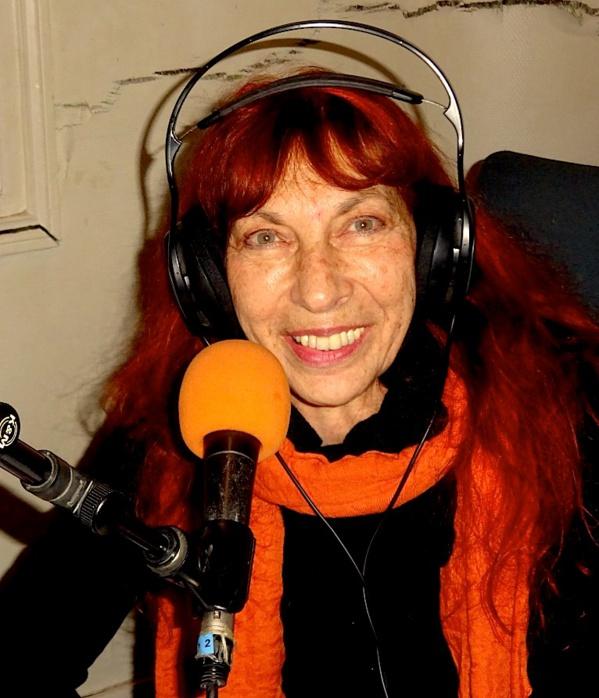 """Emissions de radio, rencontres-dédicaces et concerts-découverte se multiplient autour  de """"Mémoires enchantées"""", le nouvel album de Fabell/Fabienne Elkoubi."""