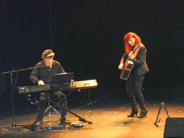 Une ballade dans le monde entier aux couleurs tango, flamenco, blues ou rock! © Tran Nghi