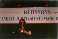 En concert à la Grande Halle de la Villette pour la Paix et l'Amitié entre les peuples et les religions